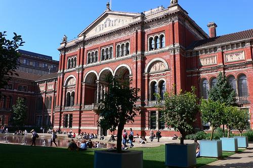 VA museum london